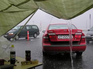 Regnet øste ned på søndagen, mens vi var tørre og fine.