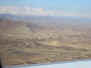 LA5IIA Johnny går inn for landing i Kabul, Afganistan
